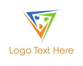 Crowd - People Triangle logo design