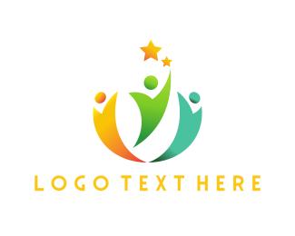 Crowd - Star Team logo design