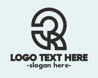 Apparel - Abstract Q Outline logo design