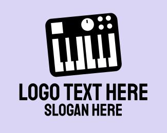 Pianist - Synthesizer logo design