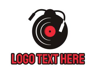 Vinyl - Vinyl Ladybug logo design